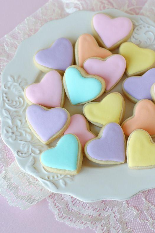 Mini Heart Cookies {recipe & tutorial} #pastel #valentine #treat