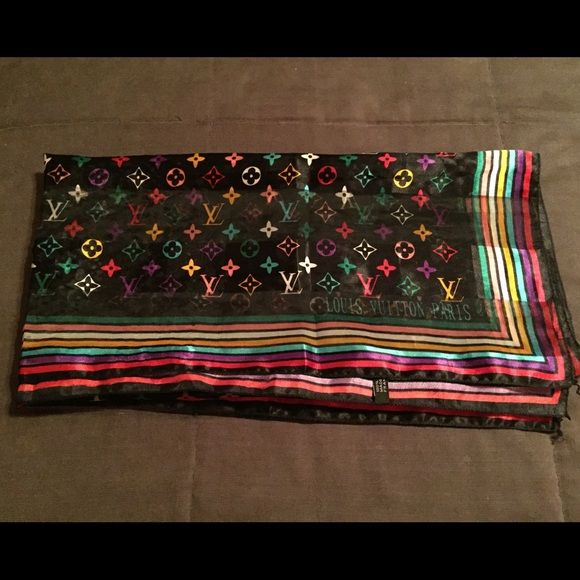 Louis Vuitton Multicolor Scarf LOUIS VUITTON Cotton Monogram Black Multicolor Square Scarf is in like-new condition with no piling or odors. Super nice, just never use. Can be worn as headband, scarf or on the side of a bag. Louis Vuitton Accessories Scarves & Wraps