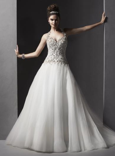 Sottero&Midgley DANICA - Tylové svadobné šaty s priliehavým živôtikom posiatym Swarovski krištálikmi. Ich sofistikovasnoť a ženskosť umocňuje nádherné prepracované odopínateľné ramienko a srdiečkový výstrih.