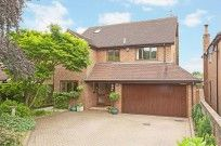 View Full Details for Fennels Way. A large scale family house situated in a sought after private road. Extended from it ' s original size to create two very impressive reception rooms with bi-folding doors to the garden.  Flackwell Heath, HP10