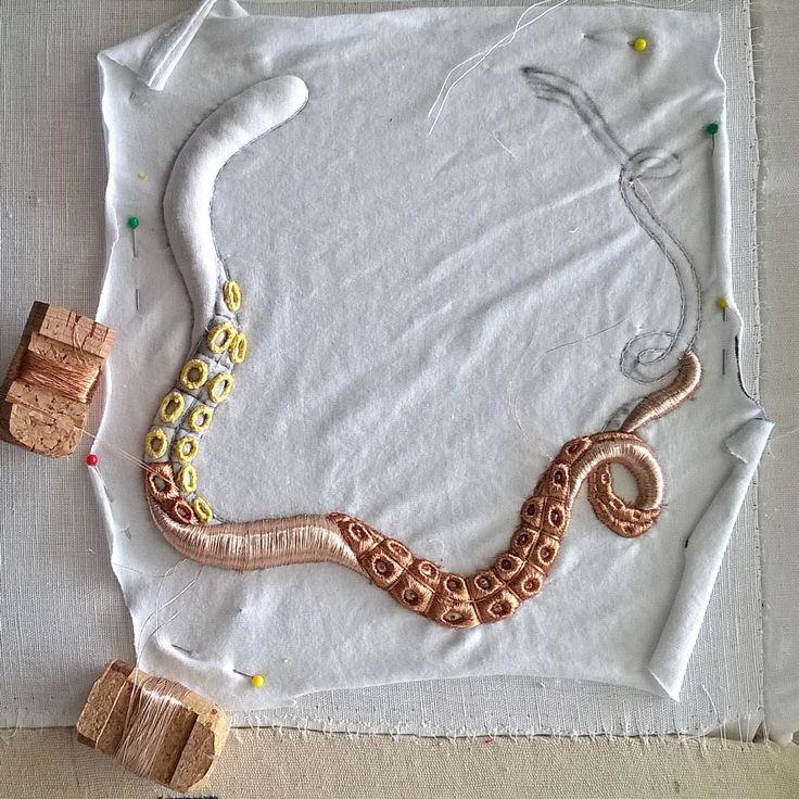 Submarina embroidery jewel