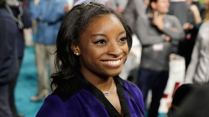 Even Tom Brady thinks Simone Biles is a superstarSimone Biles may be small but shes a superstar. Image:  Tim Warner/Getty Images  By Jacob Lauing2017-01-31 18:34:36 UTC  Olympic gold medalist Simone Biles attended the 2017 Super Bowl Opening Night in Houston on Monday interviewing players as a correspondent for Inside Edition.  Naturally the 4-foot-9 gymnast spoke with NFL players who are much much taller.  Heres a photo of Biles interviewing Falcons tight end Levine Toilolo Atlantas tallest…