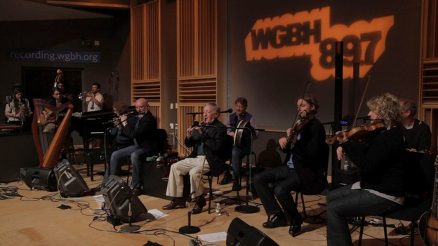 Paddy Moloney leads the Chieftains and special guests The Low Anthem.  Great Celtic Show...A Growing Celtic Wave !...  http://about.me/samissomar