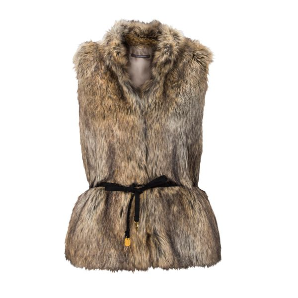 Complete your autumn/winter outfit with this vest from #RenéLezard I #DesignerOutletParndorf