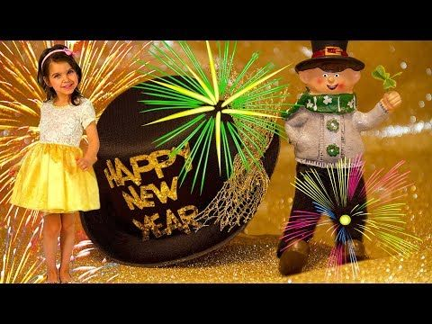 Happy New Year Funny Video For Kids 🎉🎄🎈 - YouTube