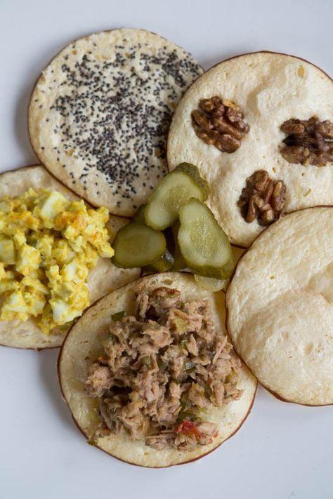 Rookkaas Crackers Maken - I am Cooking with Love Rookkaas Crackers als tussendoortje of in plaats van een gewone cracker. Beleg ze of eet ze zo.