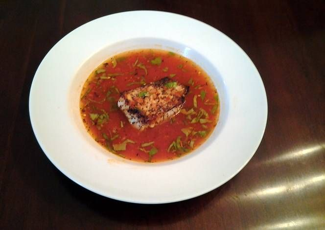 Fish Fillets in spicy Tomato Broth Recipe -  I think Fish Fillets in spicy Tomato Broth is a good dish to try in your home.