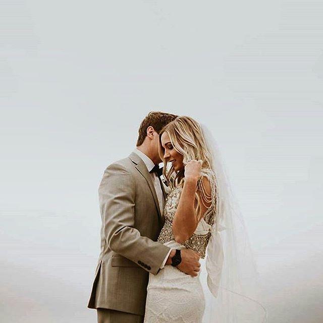 Удачный брак — это строение, которое нужно каждый день реконструировать.  http://gelinshop.com/ipost/1518906110366869398/?code=BUUPQ9TlmeW