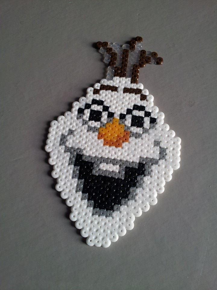 Olaf Frozen - Original perler bead sprite by Retr8bit on deviantART