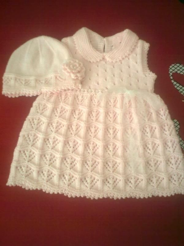 This lacy knit baby dress is so pretty! Inspiration only photo ~~ Örgü bebek  elbisesi ve şapkası