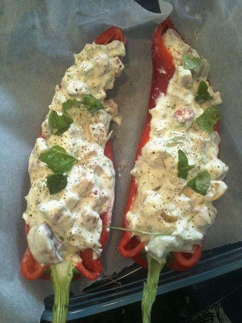 About Food And Fashion...: Gevulde puntpaprika met boursin, ham en bosui
