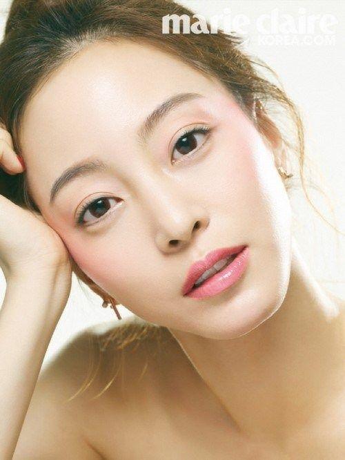 han-ye-seul_1395414424_HanYeSeul2