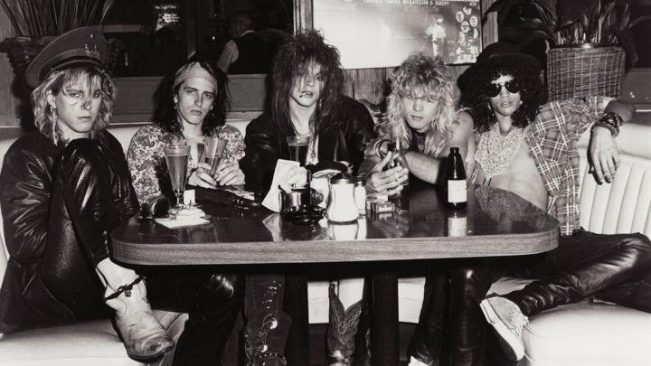 Guns N' Roses, 1986