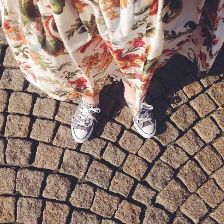 Day 9 - Curtain maxi skirt & sun & cobble stoned streets #mmmay16 #sewheijude