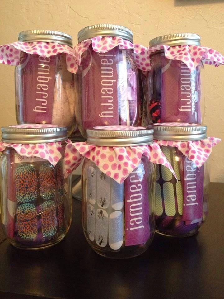 A Spa Day gift for the bridesmaids is always appreciated. I love how these Jamberry Jars are filled with goodies to be enjoyed.