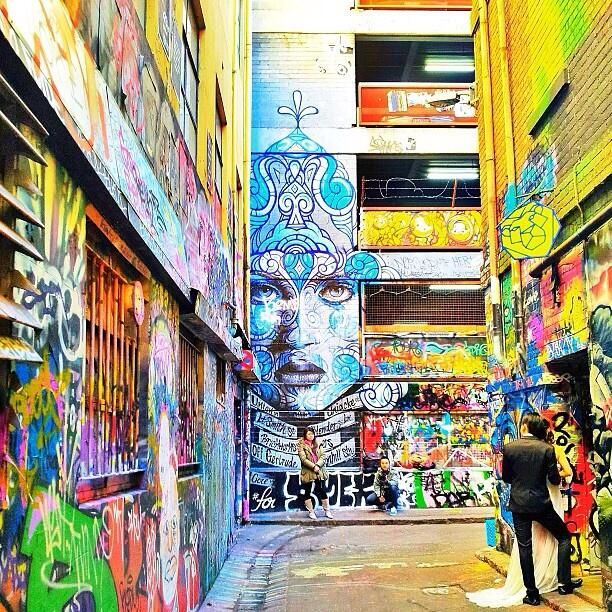 Street art in Hosier Lane - Melbourne, Australia