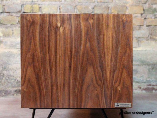 Creation Sur Mesure Meuble Vinyle Noyer Mrv Ln 2e 01 Gentlemen Designers Meuble Vinyle Rangement Vinyle Meuble Rangement
