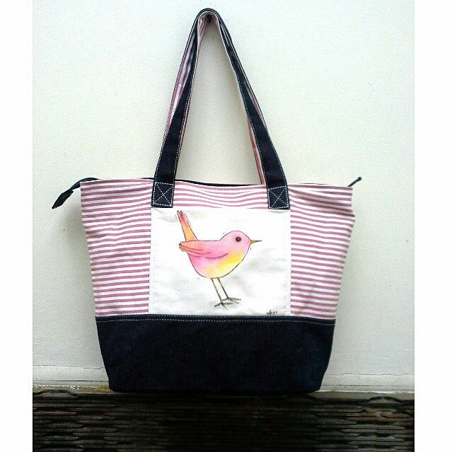 Pinky little bird totebag
