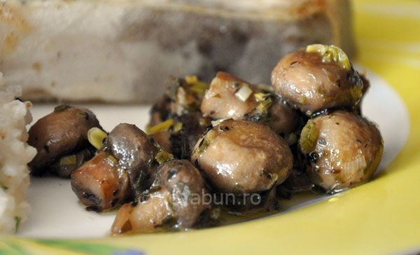 Ciuperci sotate si marinate - reteta