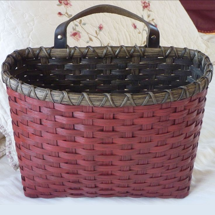 Large Painted Mail Basket - February 2017 free pattern from Joanna's Collections