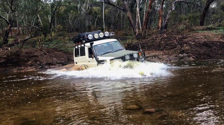 troopy of the day setup - landcruiser troopcarrier 4x4 water crossing