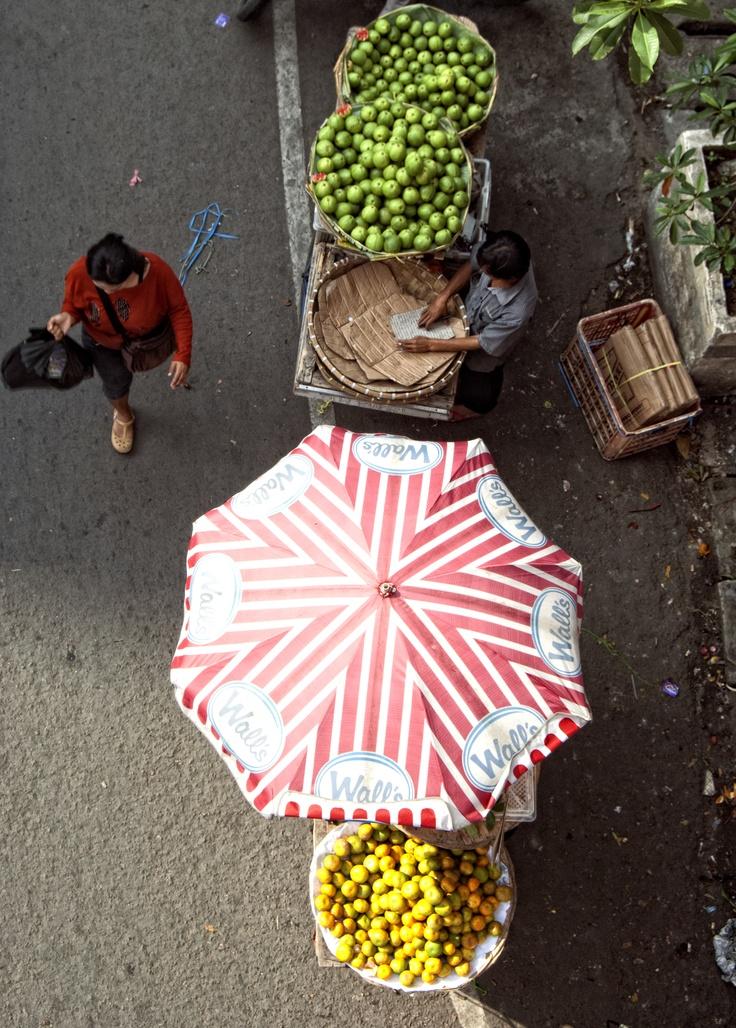 Fruits Saler