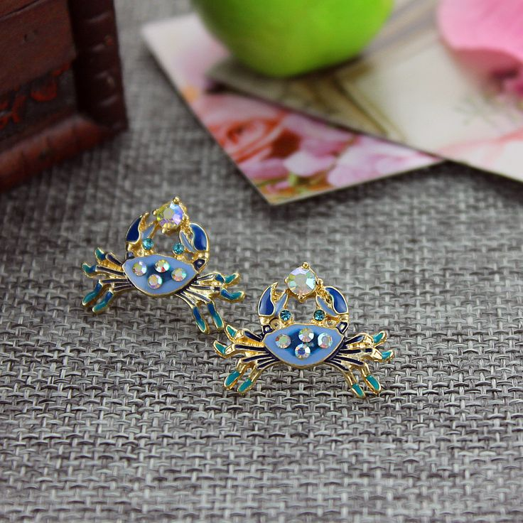 Free shipping 2015 The new BJ blue crab earrings Banquet earrings The new popular banquet texture