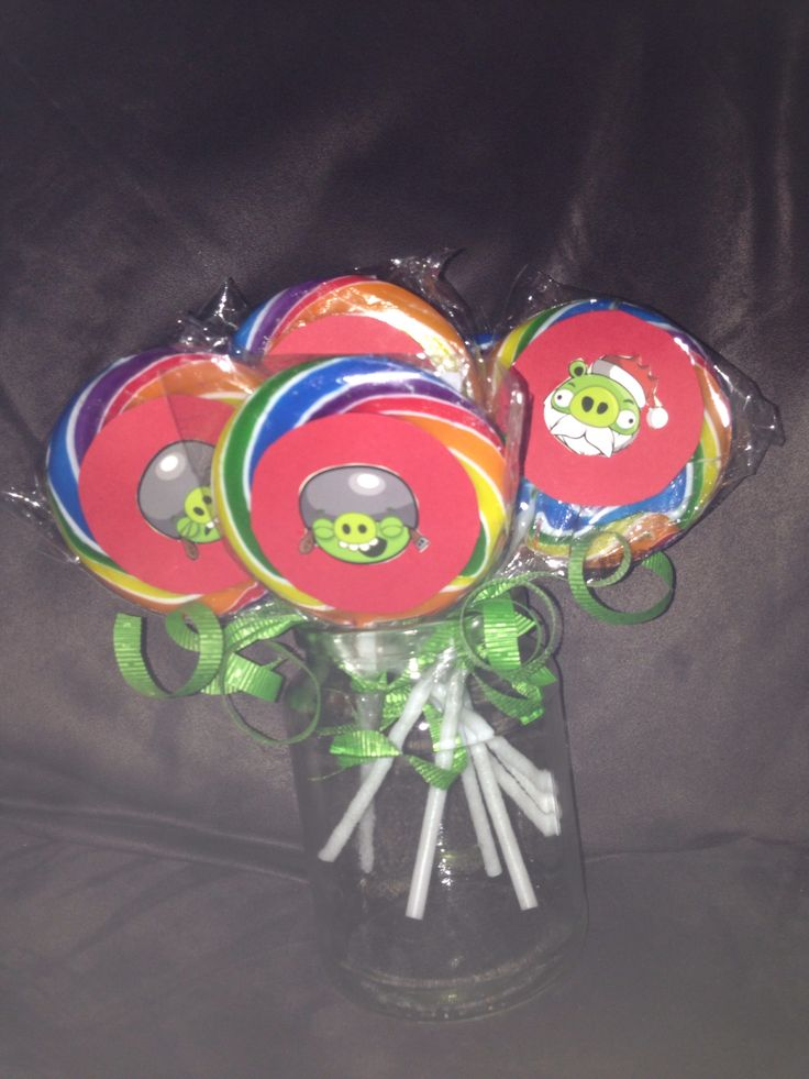 Handmade Angry birds party favours - lollipops
