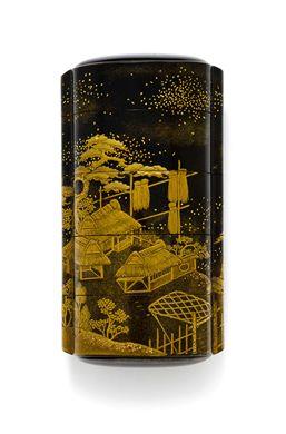 A FOUR-CASE LACQUER INRO SIGNED KANSHOSAI, EDO PERIOD (19TH CENTURY) Decorated in gold and black hiramaki-e, takamaki-e, togidashi and kirikane with barns and trees, interior with nashiji 4 1/8 in. (10.5 cm) long