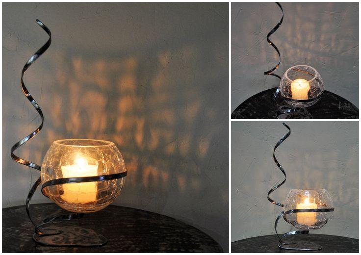 photophore en verre craquelé translucide sur son support en fer forgé (réf BB 01) : Luminaires par blandin