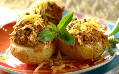 Cheesy Mince Baked Potatoes recipe | Meat recipes | Whats For Dinner
