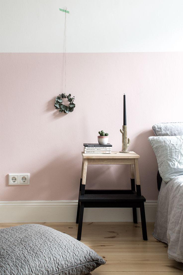 halbhoch rosa die wand im schlafzimmer kolorat wandfarbe streichen. Black Bedroom Furniture Sets. Home Design Ideas