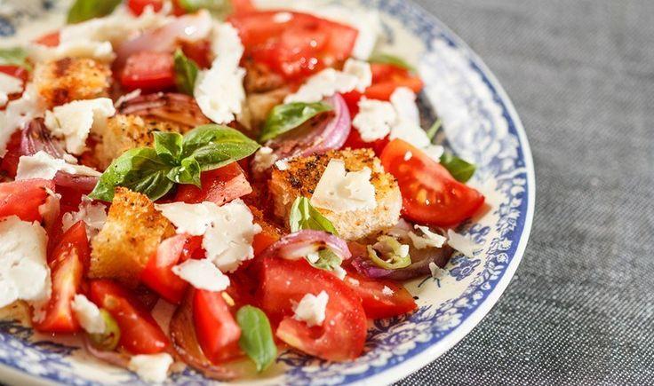 Ιταλική σαλάτα panzanella