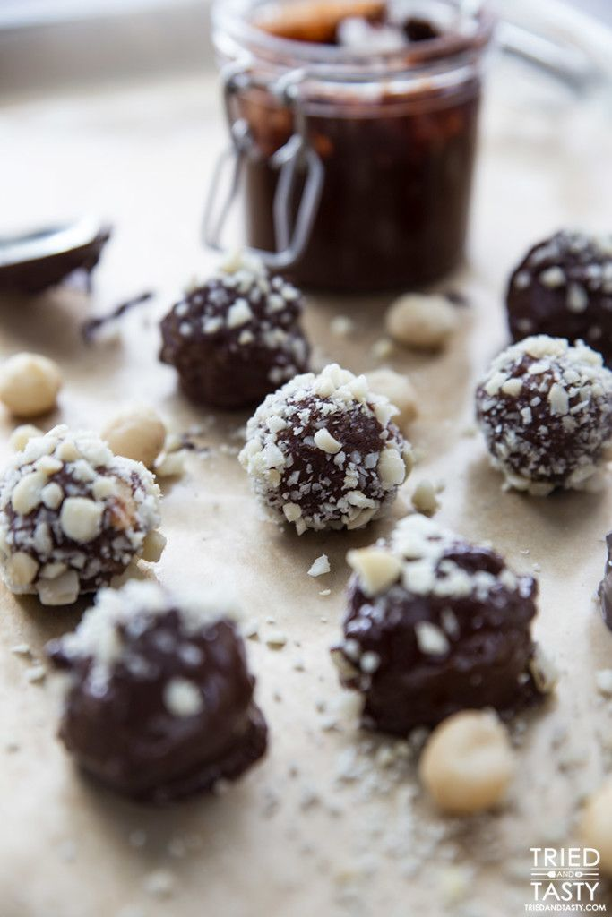 NUTELLA TRUFFLES! Think you can't indulge responsibly around the holidays? Think again! These Nutella Truffles are made without any refined sugar, sweetened naturally with dates & paired with a homemade three-ingredient Nutella recipe, these truffles are out of this world!