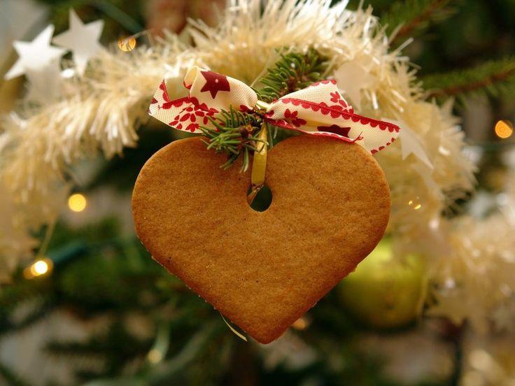 Le casse-tête des cadeaux de Noël. Trouver pour chaque invité un cadeau unique et original. Un beau-père, une soeur, une mamie à gâter? Voici quelques idées ! #LeBlog #Gravissimo