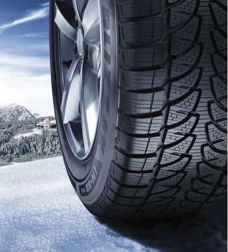 Bridgestone Blizzak LM80 Evo, kış lastiklerinin sportif ve asimetrik desen tasarımının yanı sıra özel olarak formüle edilmiş kauçuk karışımı ve sırt deseninde bulunan kılcal lameller kar, ıslak ve buzlu yollar üzerinde ekstra çekiş gücü sunarak yüksek performans sağlar. Bridgestone, araç sahiplerinin kış aylarında ihtiyaç duyabilecekleri her türlü güvenlik kriterini sağlayabilmek için en ileri teknolojiler kullanmaktadır.