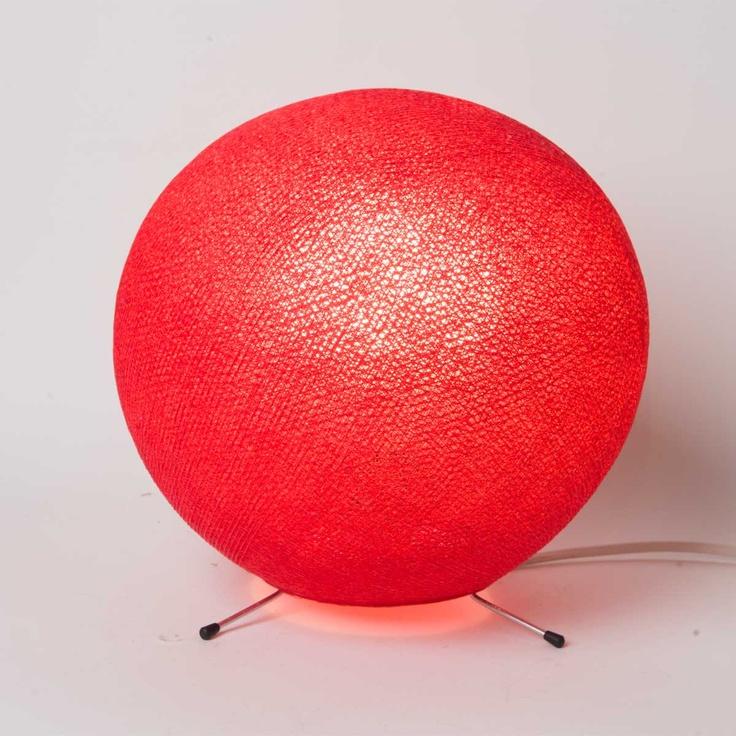 Les 25 meilleures id es concernant case du cousin paul sur for Lampe a poser boule