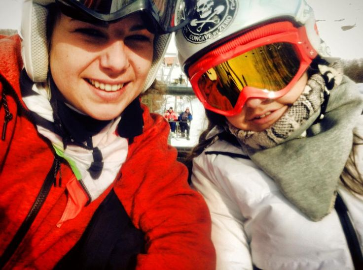 skiing with my sister  #sistr #skiitime #skiing #goodday #loveyou #snowtime