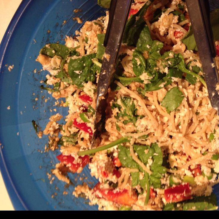 Recipe Satay chicken noodle salad by marinachalmers - Recipe of category Main dishes - meat