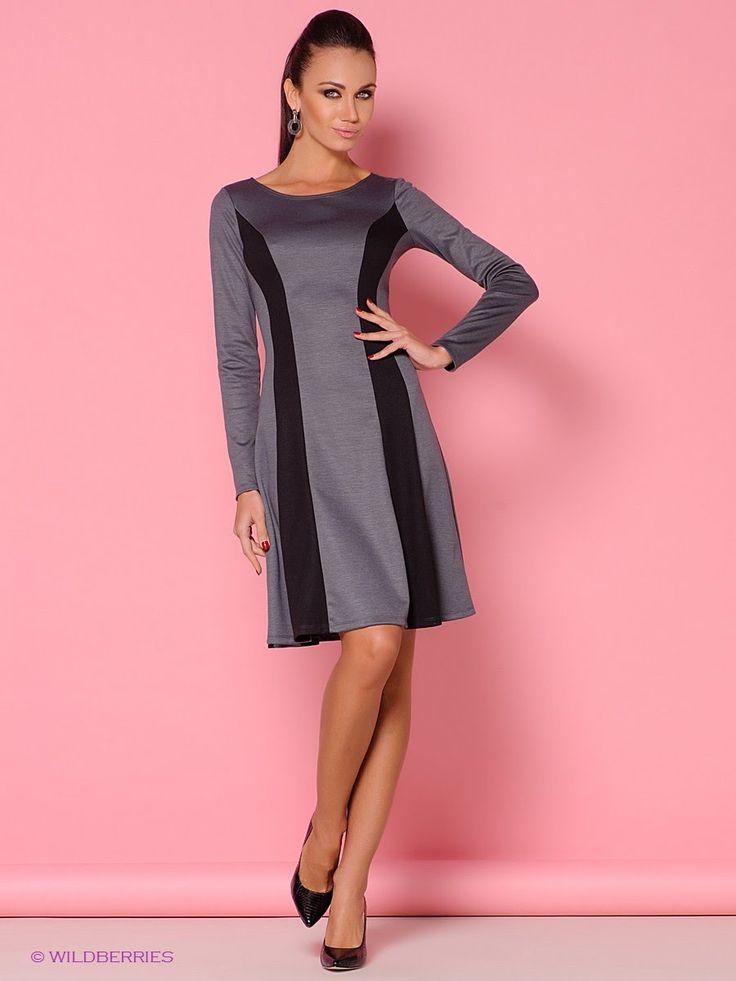 Платье с рельефными вставками.