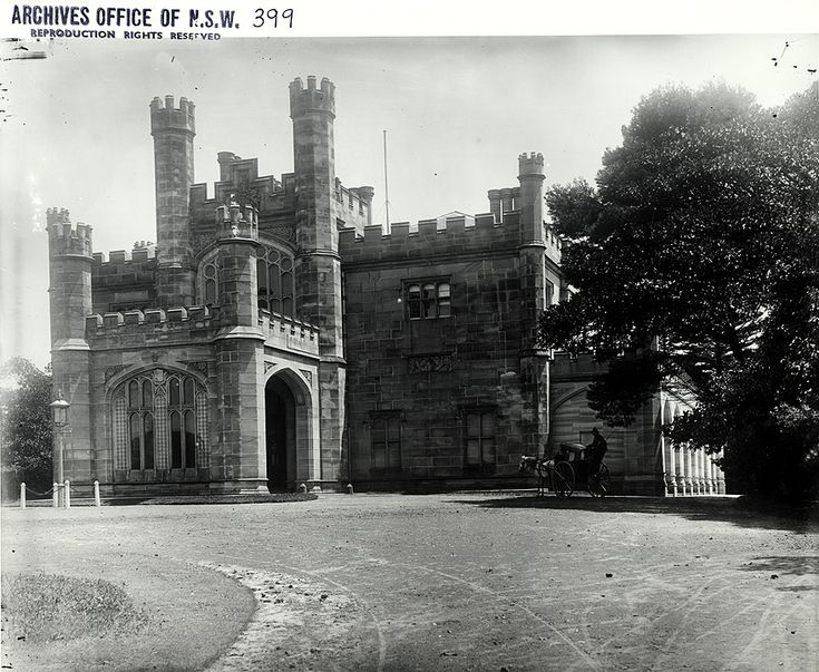 Caption: New South Wales Government House - entrance, Sydney (NSW) Digital ID: 4481_a026_000362.jpg Date: n.d. Format: Black and white photograph Size: 30x25 cm