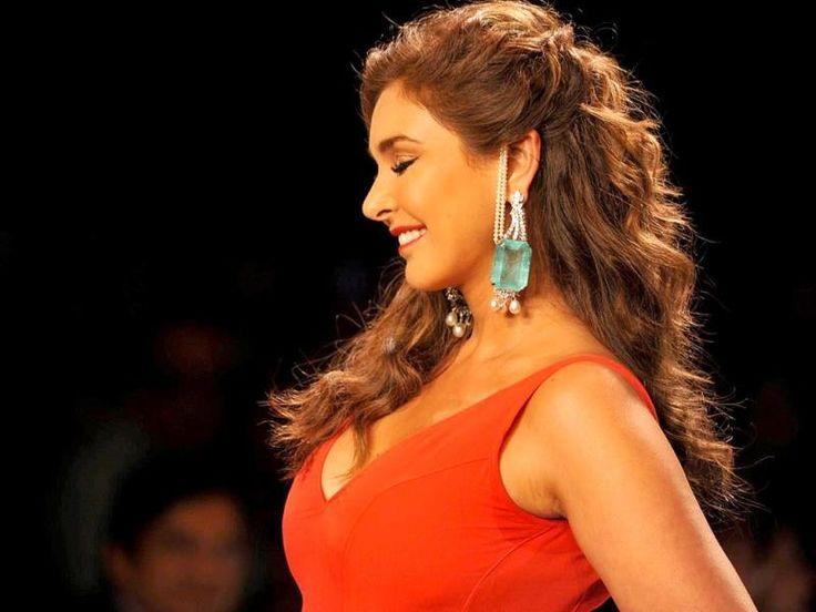Fashion Stylist Jobs in Mumbai - Naukri.com