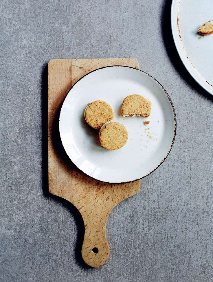 Stilton & quince oatcake oreos by Daniel Wilson from Huxtabook | Cooked