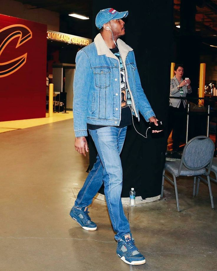 """@CarmeloAnthony wears @Levis x @jumpman23 #AirJordan4 sneakers for the @okcthunder vs @cavs game.…"""