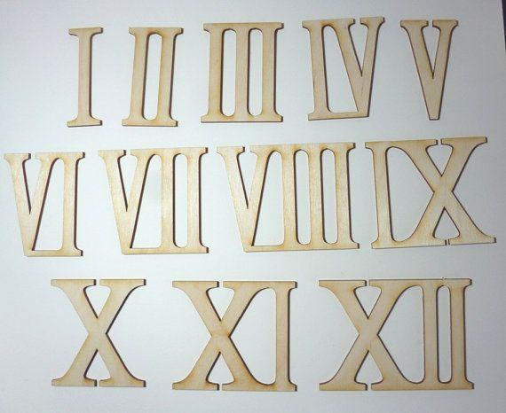 Römische Zahlen aus Holz von I bis XII