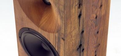 Beam Tower Speakers - eleganckie kolumny w bloku drewna