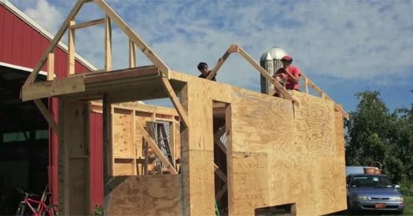 I'm excited to tell you about Hammerstone School because it's a tiny house carpentry school for women in Trumansburg, New York. Video