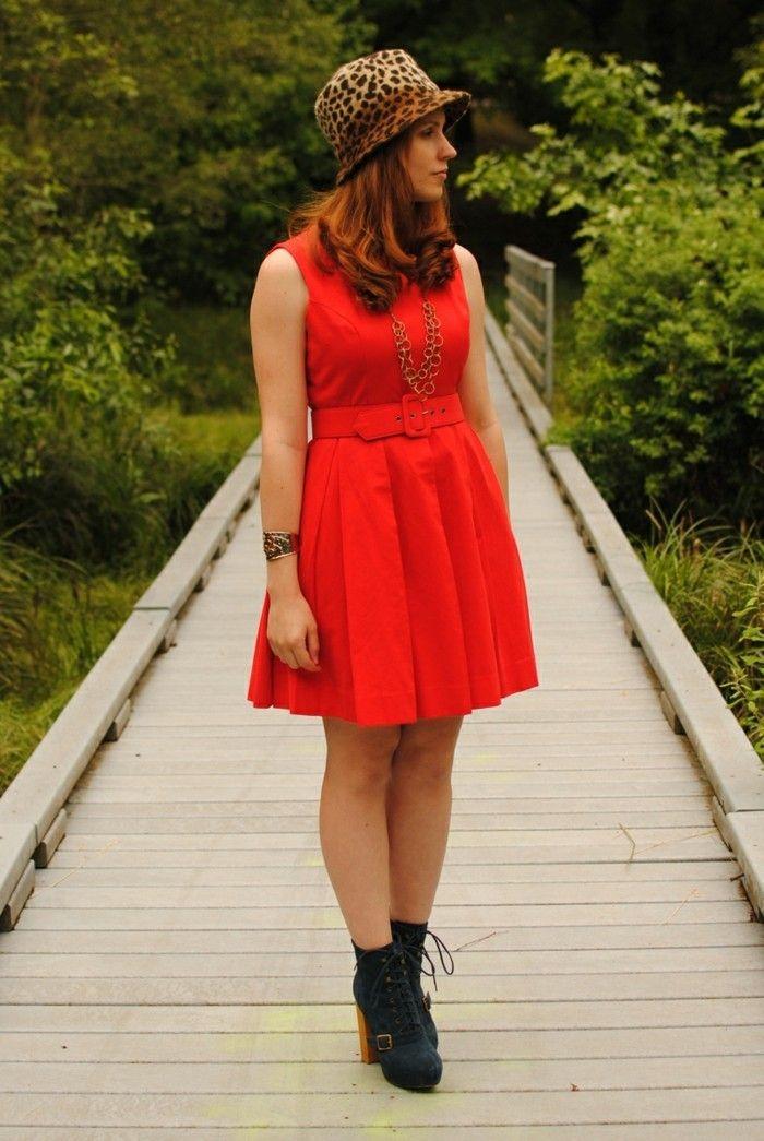 Rotes abendkleid welche schuhe