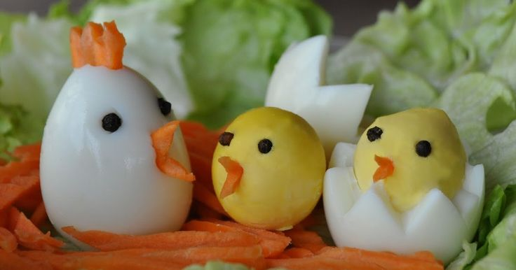 I think these are the cutest chickens ever!  What fun it would be to wake up to these little chicks on your table Easter morning or any mor...