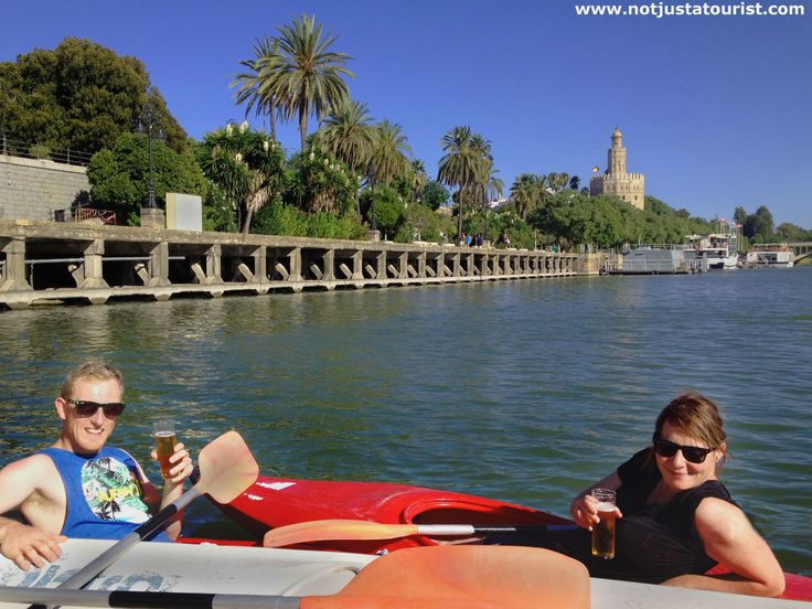 #Cheers! #Havingadrink while kayaking on a#beautifulsunnyday.. #Seville feels so much better when you sit down on the #riverGuadalquivir.